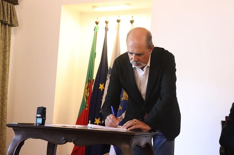 Patrões do comércio de Braga e sindicatos acordam aumentos salariais de 2%