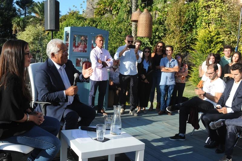 Acesso à habitação, emprego e mobilidade no centro do debate de António Costa com os jovens