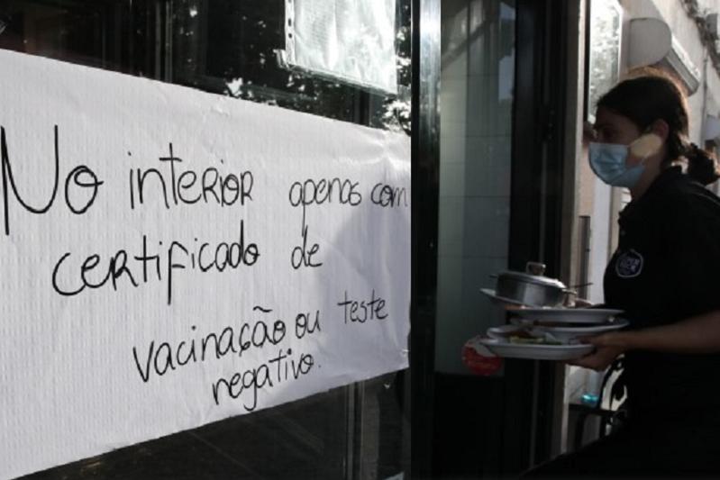 PRO.VAR quer fim dos autotestes e quer unidades de saúde à porta dos restaurantes