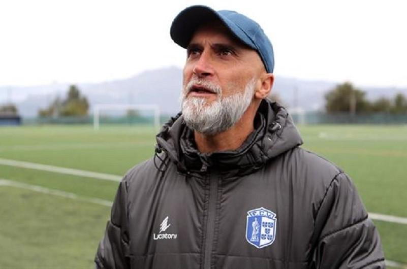 Treinador Álvaro Pacheco renova com Vizela até ao final da época 2022/23