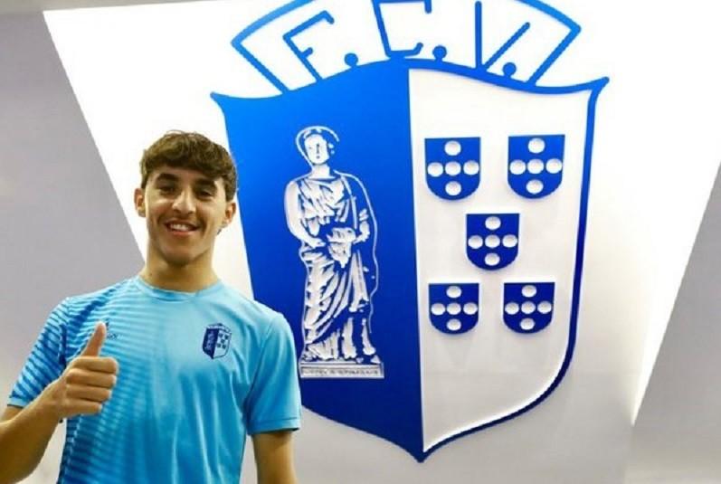 Vizela promove avançado Tiago Ventura à equipa principal com contrato até 2024
