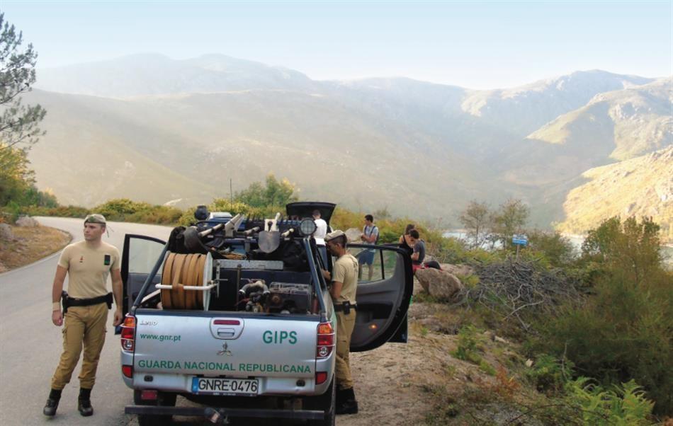 GNR resgata quatro jovens perdidos na Serra do Gerês