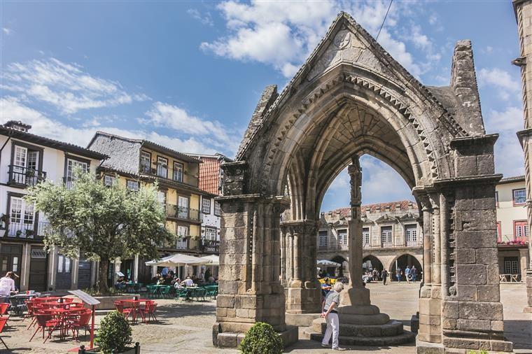 Guimarães desenvolve estratégia turística assente na Garra Vimaranense