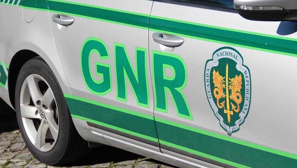BARCELOS: GNR deteve três suspeitos de roubo a idosa
