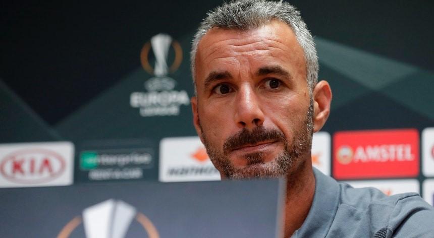 LE: Ivo Vieira quer Vitória com filosofia atacante no duelo com Standard Liège