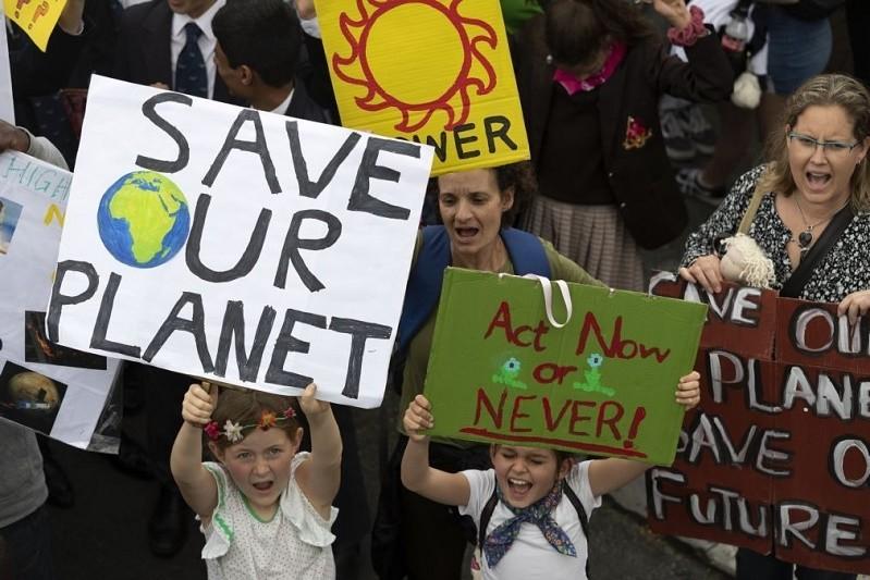 Clima: Jovens mobilizam-se para
