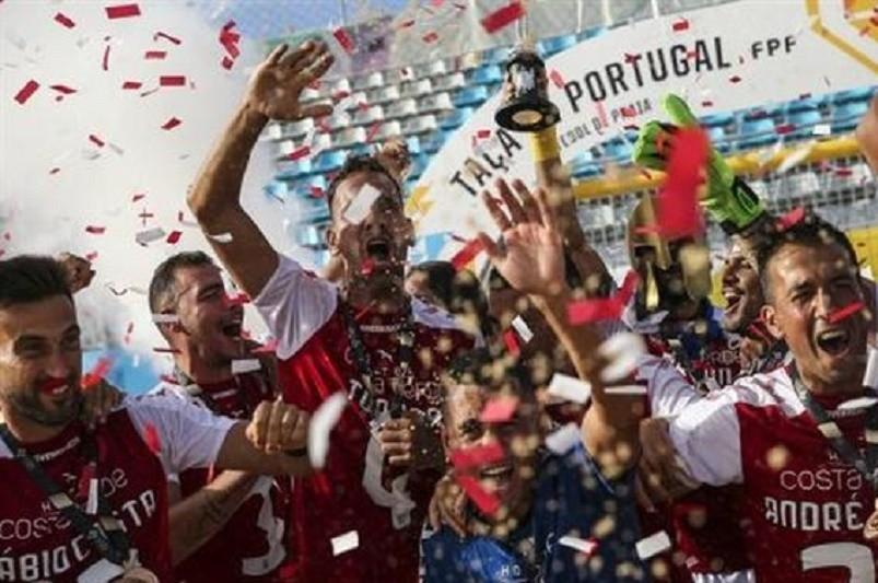 Sporting de Braga conquista primeira Taça de Portugal de futebol de praia