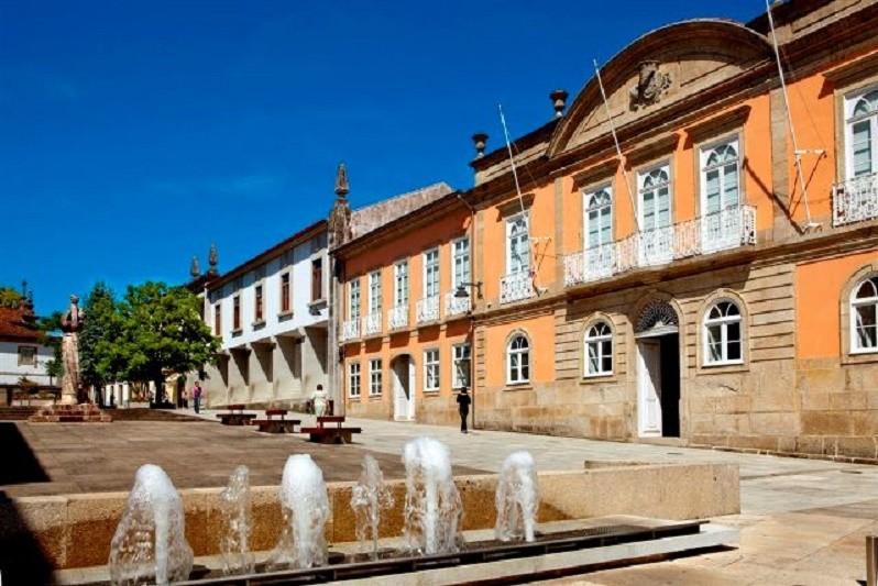 ARCOS DE VALDEVEZ: Mais de 728 mil euros renovam pavimentos em vias municipais