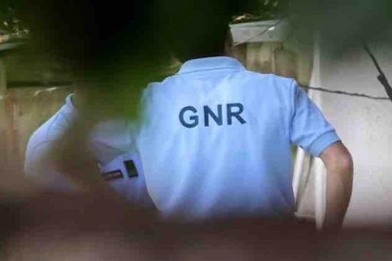 AMARES: GNR apreendeu quatro armas a suspeito de violência doméstica