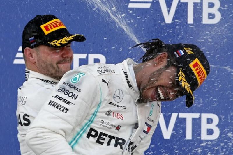 Hamilton vence em Sochi e amplia vantagem na liderança do Mundial de Fórmula 1