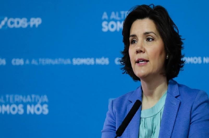 Eleições: Cristas assume derrota e anuncia saída da liderança do CDS-PP