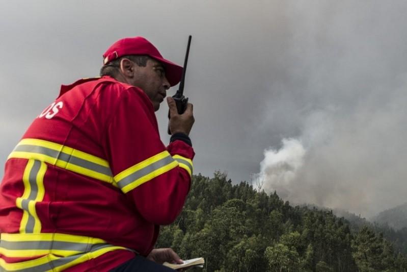 Bombeiros lamentam que Proteção Civil não tenha regularizado dívidas em 24 horas