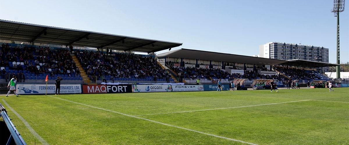 Câmara de Famalicão anuncia obras de 8 ME no Estádio Municipal