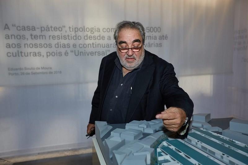 Souto de Moura diz que exposição na Casa da Arquitectura o ajudou a refletir sobre a obra
