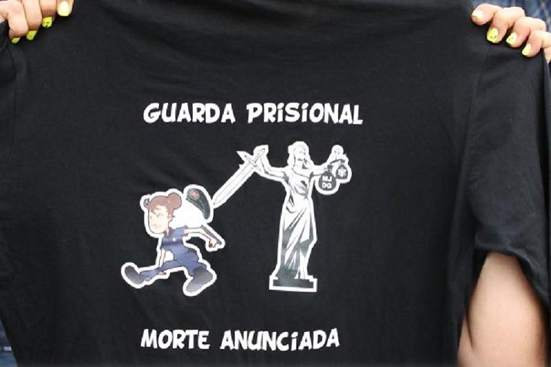 Guardas prisionais iniciam hoje novo período de greve