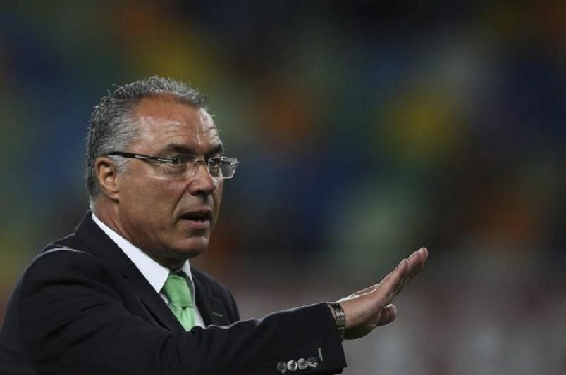 Augusto Inácio abandona comando técnico do Desportivo das Aves