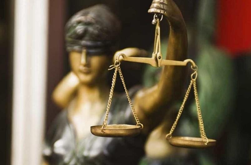 Pena suspensa para solicitador de execução que desviou 12 mil euros