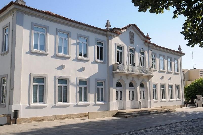 MELGAÇO: Câmara assinala 2.º aniversário do mandato com homenagem a cidadãos e instituições