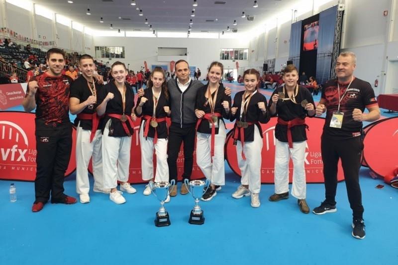 Associação KTF Brilha no Campeonato da Europa de Kempo com cinco ouros