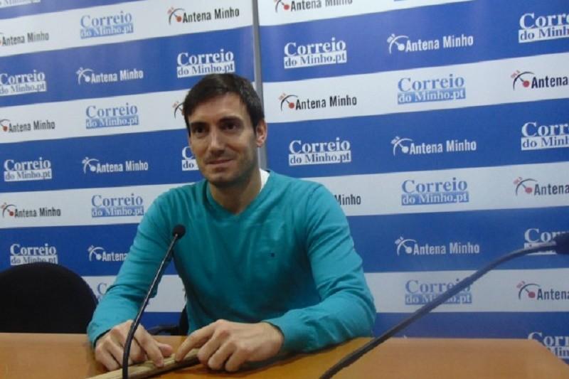 Juan Lopéz: Jogador dos seniores e treinador dos mais novos no HC Braga