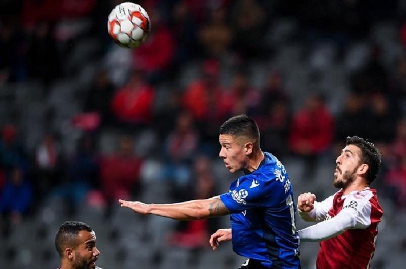 Famalicão empata em Braga no último minuto e depois de uma hora em inferioridade
