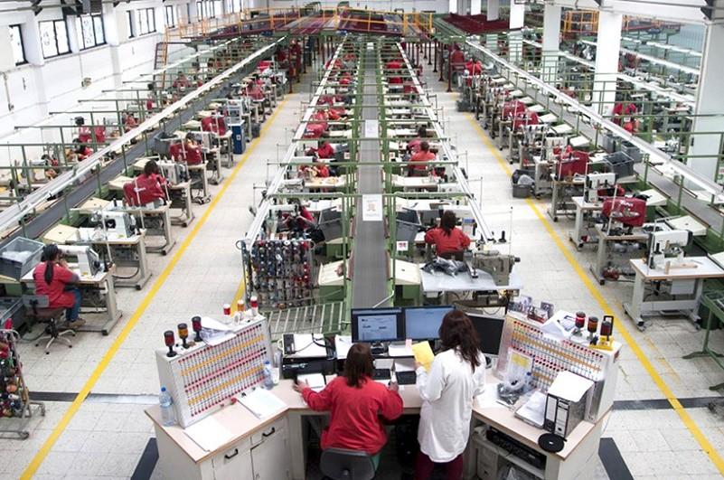 Trabalhadores acusam Kyaia de violar contrato de trabalho ao forçar pausas