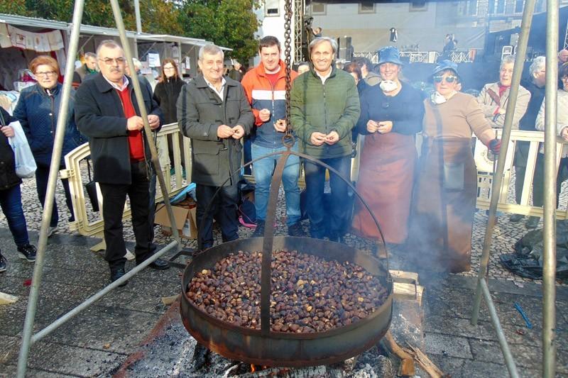 Mercado da Castanha ajuda a atrair turistas
