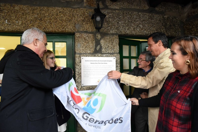 Associação Gerações combate solidão com espaço Muitos Dias Têm Cem Anos