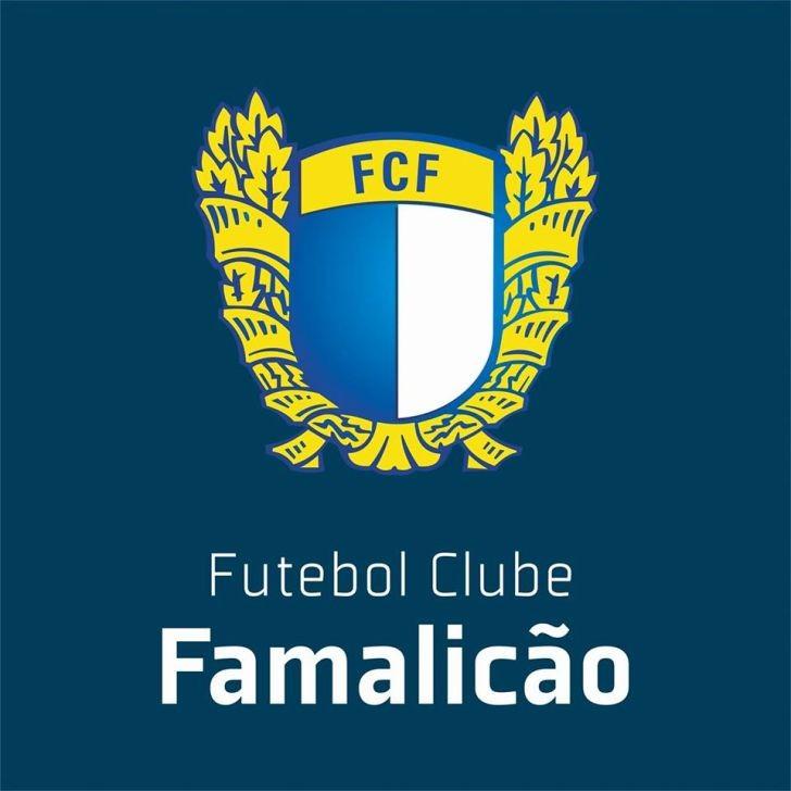 Famalicão recruta ao Wolverhampton médios Pedro Gonçalves e João Caiado