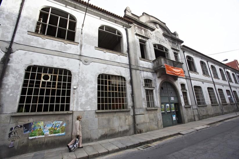 Grupo quer gerir antiga fábrica Confiança, em Braga, sem custospara a autarquia