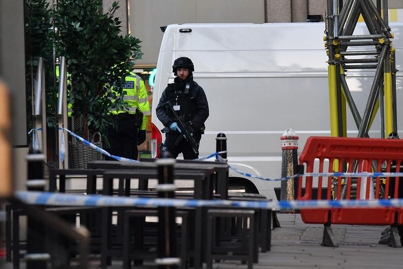 Ataque na Ponte de Londres faz duas vítimas mortais e vários feridos