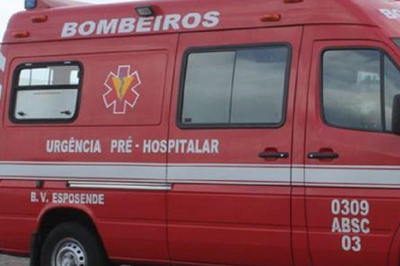 Colisão entre três automóveis no acesso à A28 em Esposende faz cinco feridos - CDOS