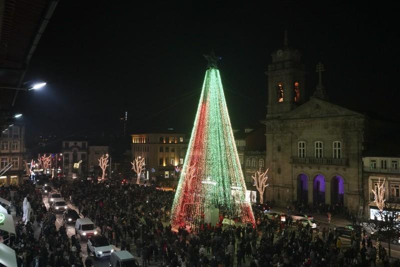 Magia do Natal inundou Guimarães