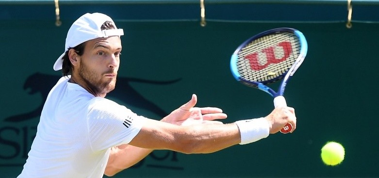 Wimbledon: João Sousa vence Marin Cilic e está na terceira ronda