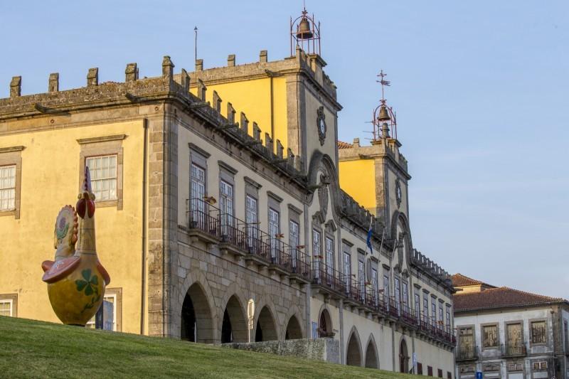 Barcelos aprova apoios sociais para famílias e instituições