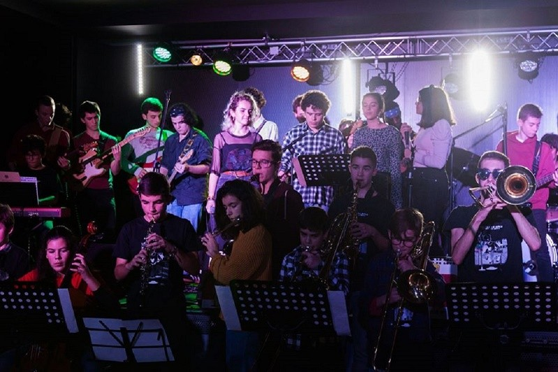 PAREDES DE COURA: Concerto final da Escola do Rock + Academia de Música marcado para domingo