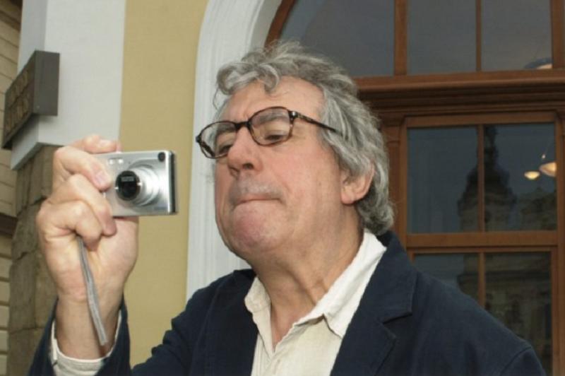 Morreu o ator e encenador Terry Jones, um dos Monty Python