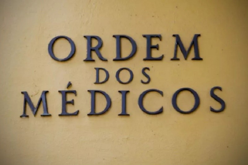 Covid-19: Bastonário da Ordem dos Médicos defende mais apoio para as farmácias