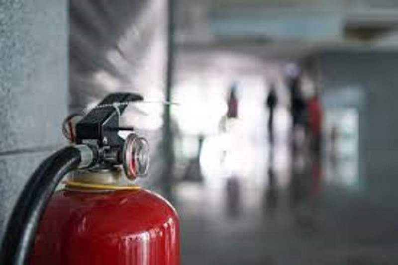 Aluno descarrega extintor em escola de Barcelos e atinge 10 colegas