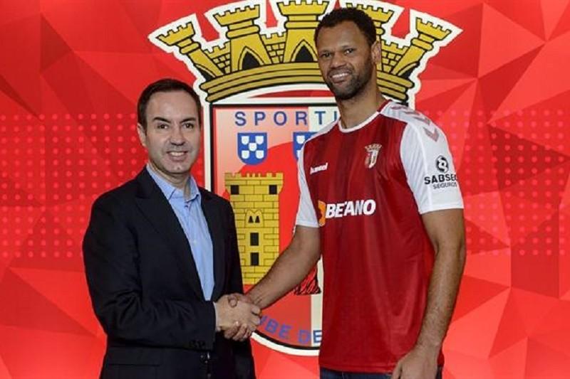 Rolando assina pelo Sporting Clube de Braga por duas épocas e meia