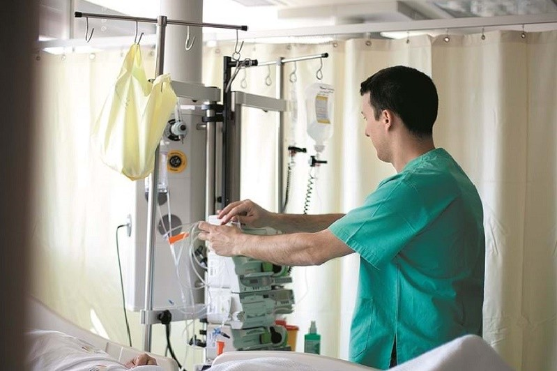 Covid-19: Ordem dos enfermeiros apoia retoma das consultas e cirurgias mas com proteção