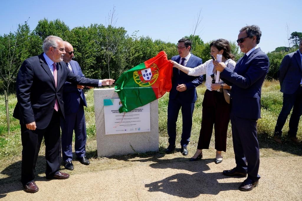 Ponte pedonal liga Esposende e Viana e concretiza sonho antigo das populações