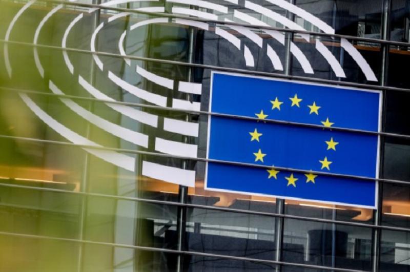 Covid-19: PE aprova mobilização de 37 mil ME de investimento público para os 27