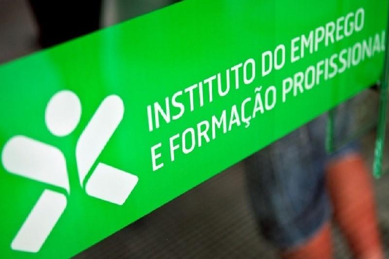 INE revê em baixa desemprego de janeiro para 6,7% e estima nova queda em fevereiro