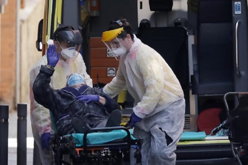 Covid-19: Número diário de mortes continua a baixar em Espanha