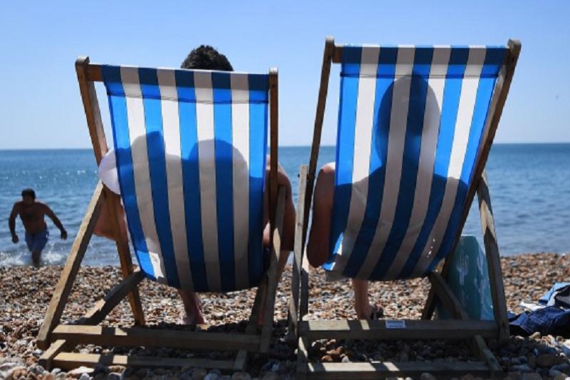 Covid-19: Turistas com férias canceladas têm direito a reembolso  Bruxelas