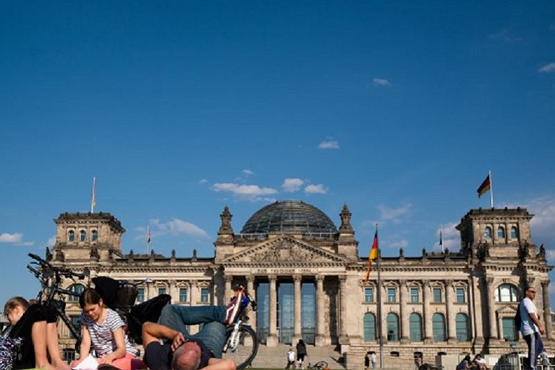 Covid-19: Alemanha supera os 3 mil mortos e decide hoje prolongamento de medidas