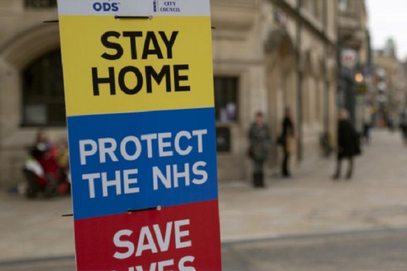 Covid-19: Reino Unido ultrapassa os 15.000 mortos