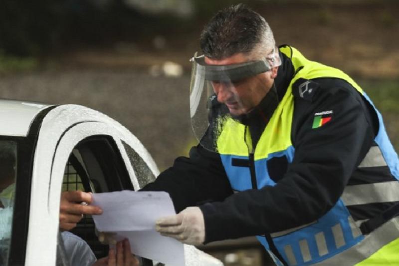 Covid-19: Detidas 117 pessoas durante terceiro período do estado de emergência
