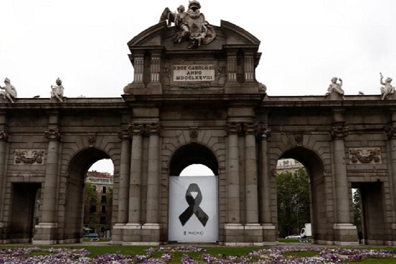 Covid-19: Espanha com pequeno aumento diário de mortes para 440